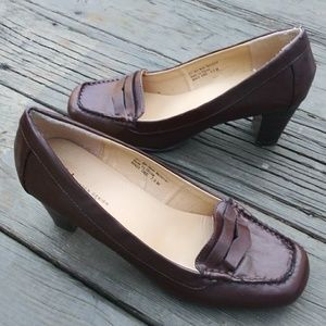 Shoes - Boston Design, High Heels Penny Loafers Sz 7.5 M